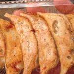 台湾の焼き包子 包包亭 - 焼餃子