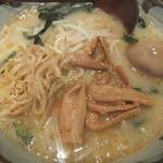 味噌一 - カンパしてゲットした味玉子&メンマ&モヤシ(2015.12.10)