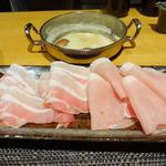 鍋vou家 - 豚しゃぶはバラ肉とロース