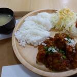 味工房 - 料理写真:油淋鶏ディッシュ