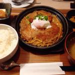 いちげん - ロースカツ&ヒレカツ煮定食(800円)