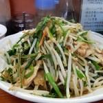南京路 - 「肉ニラ定食」