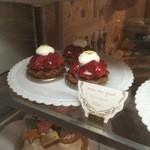 パティスリー ブーケ - ☆イチゴのタルトもキュートです☆