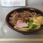 岡製麺所 - 人気ナンバー1         肉うどん小420円