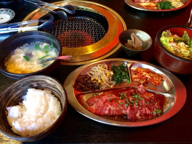 焼肉 道海山 - カルビ&ハラミ定食