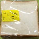 45637419 - 食パン