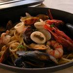 トスカネリア - スペシャリテ!魚介の煮込みスパゲッティ アントニオ風