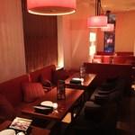 チーズ&BBQビアガーデン なんば湊町リバーカフェ - カップルシートはソファでゆったり☆