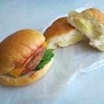 45643483 - チーズハンバーグ,クリームパン