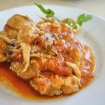 オステリア エ バール オット - 桜島鶏もも肉とキノコのカチャトーラ