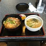 五十鈴 - 料理写真:カツ丼セットです。