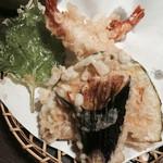 45655946 - 天ざるうどん定食の天ぷら~揚げたてで美味しいぃぃ~♪