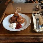 Hashigo Cafe - フレンチトーストセット《洋風》  ((いちごジャムと生クリーム))