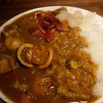 はじめ鮮魚店 - 海鮮カレー(大盛)金曜30食限定 1,000円=15年12月