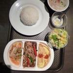 オーキッド - タイ飯定食