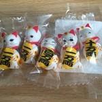 天神煎餅 大木屋 - 招き猫チョコ