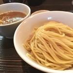 和利道 - つけ麺。 ここのタピオカ麺はすごく好き。 焼き石も素敵。