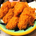 かき小屋 - サイドメニューで「牡蠣フライ」がひとり当たり3個付く!