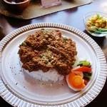 キーマカレーとチャイ なるせ堂 - チーズキーマ(大盛)