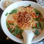 中国菜園味味 - 豚骨台湾ラーメン