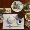 なじま - 料理写真:2500円の昼定食 全景