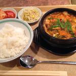 焼肉明成館 - 純豆腐チゲ850円