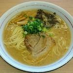 麺屋 中川 - 博多とんこつらーめん  大盛(無料) 味濃いめ