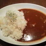ビアパブ ファイズ - スパイシー牛すじカレー700円(税込)