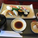45681452 - 特上寿司定食
