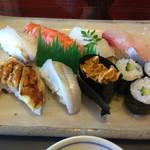 45681453 - 特上寿司定食
