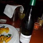 神戸フレンチ - ワインが冷えてます!