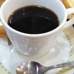 ピジョン - モーニングのホットコーヒー