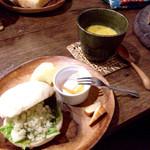 いまここcafe 杜丸 - 杜丸サンドと本日のスープ カボチャ