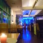 mimi - クリスマスの店内