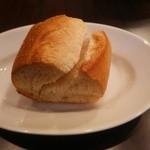 大衆肉バル ミスターヨーロッパ - パン