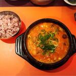 スンドゥブ・トーフハウス - かきスンドゥブ/雑穀米✩︎⡱味はすごく好きなのに接客が残念過ぎます。