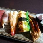 宝来家 - 料理写真:小生は寿司で、家内はご飯で