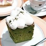 ボンカフェ - 抹茶のシフォンケーキ