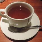 ヴィーニ・ディ・トレッチーノ - サービスの紅茶