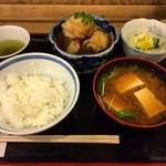 大衆割烹 三州屋 - 銀むつ定食 豆腐味噌汁 ご飯少なめ