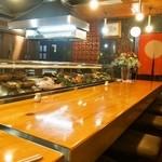 新藤 - 店内(割烹料理屋カウンター)