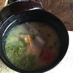 露瑚 - 白味噌汁