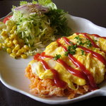 ワラビカフェ - 料理写真:定番オムライス 780円