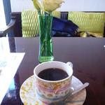 フラワースタイルカフェ - ホットコーヒー