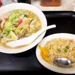 45726677 - 戸畑ちゃんぽんセット(¥900)。長崎ちゃんぽんとは全く違う味、これは必食です