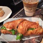 PAUL - 2015.12 小エビのクロワッサンサンド &  アイス・カフェ・クレーム