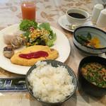 45731895 - 御飯の朝食バイキング