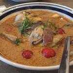 イロドリ - 牡蠣レッドカレー