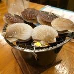 45736737 - すくった貝は焼いてくれます