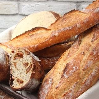 天然酵母を使用したハード系パン